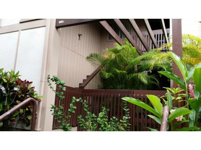Newtown Meadows condo # 4B2, Aiea, Hawaii - photo 2 of 11