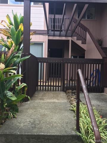 Newtown Meadows condo #4C1, Aiea, Hawaii - photo 1 of 11