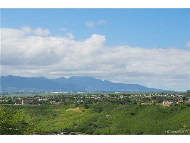Ridgeway D condo #C, Aiea, Hawaii - photo 1 of 13