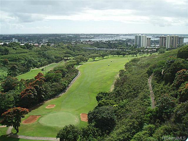 Colonnade On Greens condo #, Aiea, Hawaii - photo 1 of 7