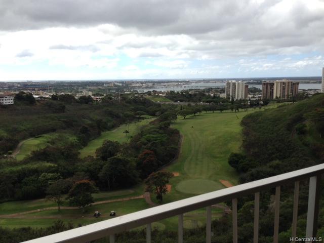Colonnade On Greens condo #, Aiea, Hawaii - photo 1 of 3