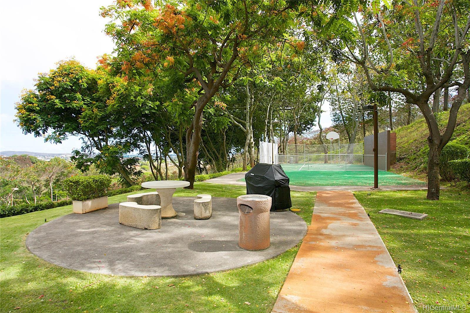 Colonnade On Greens condo # 5/1404, Aiea, Hawaii - photo 16 of 25