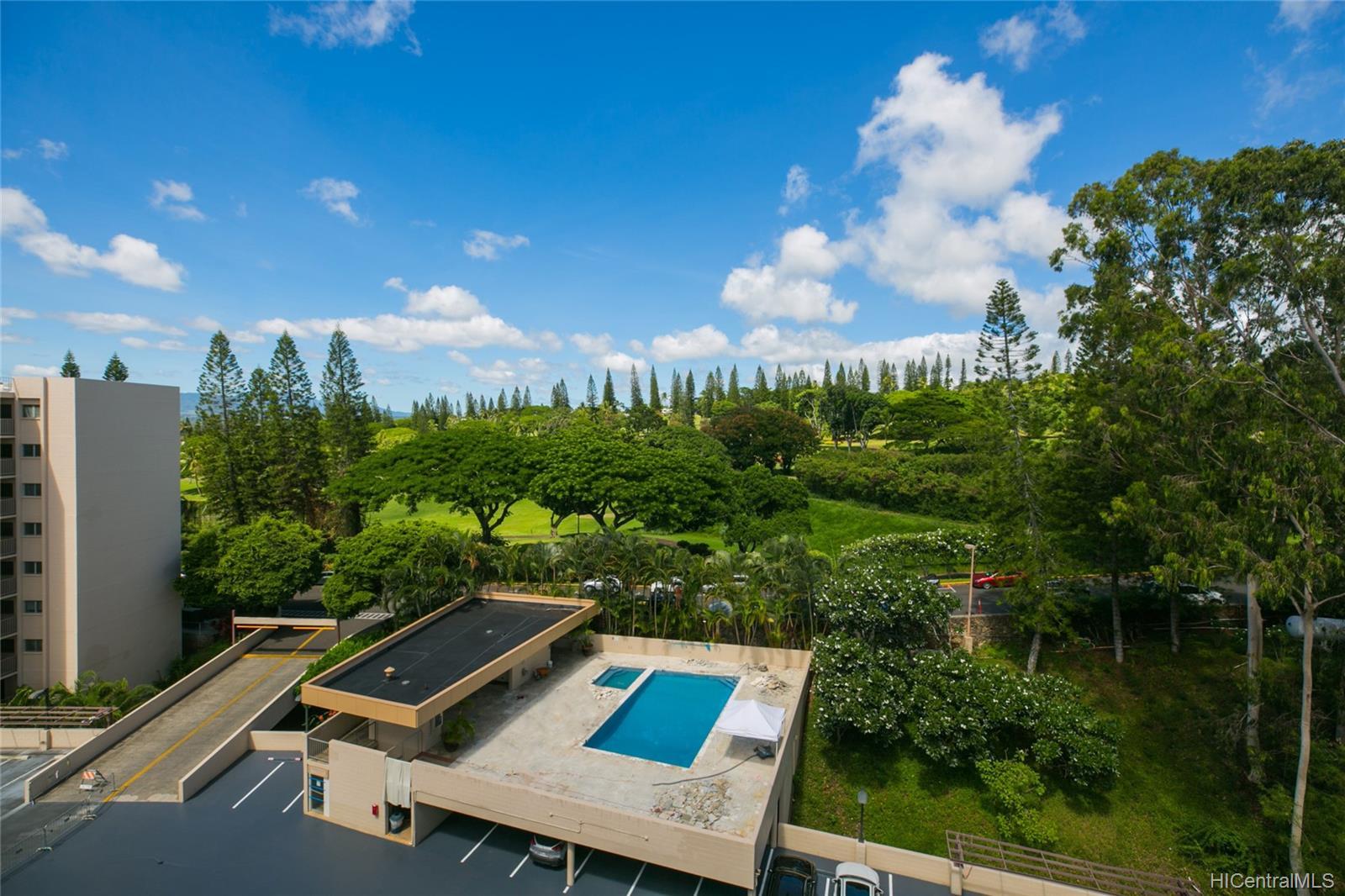 Colonnade On Greens condo # 5/1404, Aiea, Hawaii - photo 17 of 25