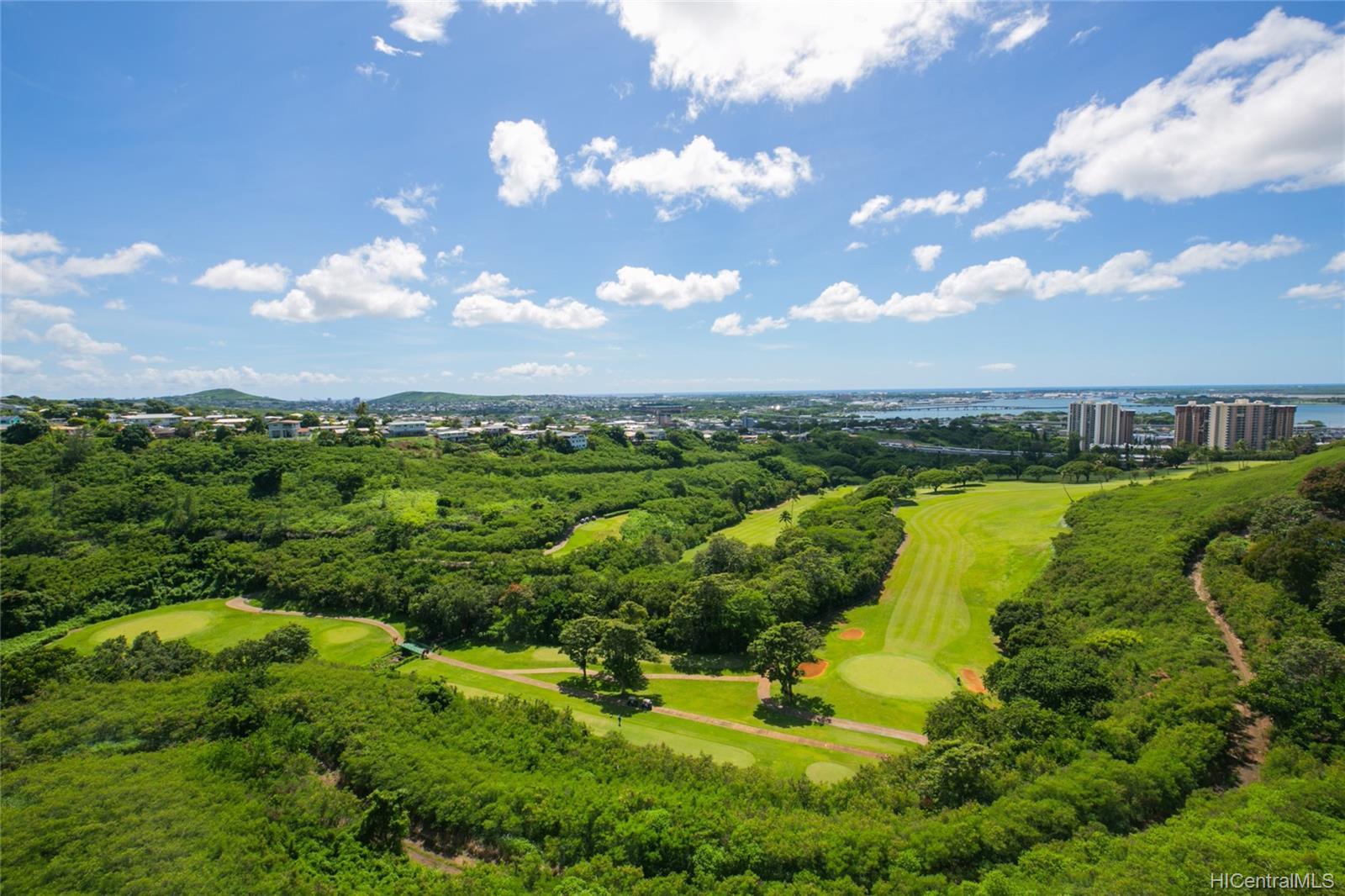 Colonnade On Greens condo # 5/1404, Aiea, Hawaii - photo 7 of 25