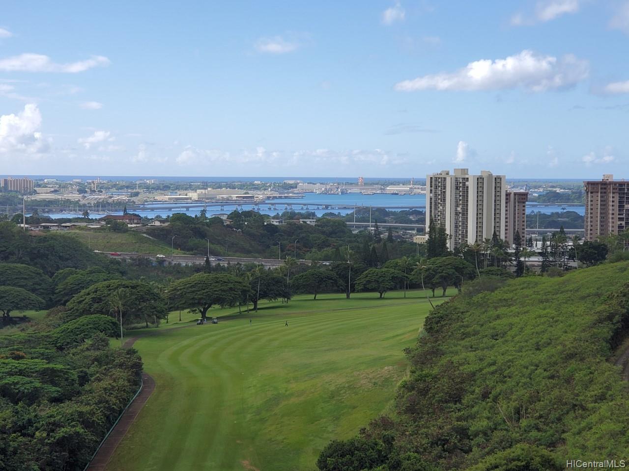 Colonnade On Greens condo # 5504, Aiea, Hawaii - photo 1 of 11