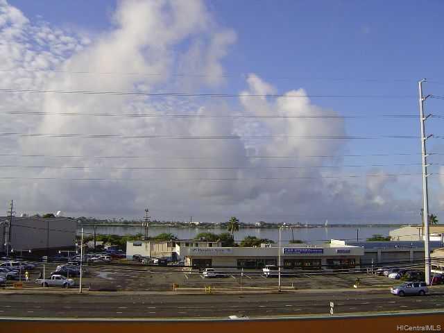 Pearl Ridge Terraces condo # 218, Aiea, Hawaii - photo 4 of 5