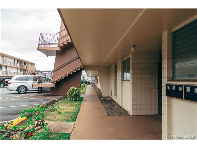 Pearl Ridge Terraces condo #223, Aiea, Hawaii - photo 1 of 6