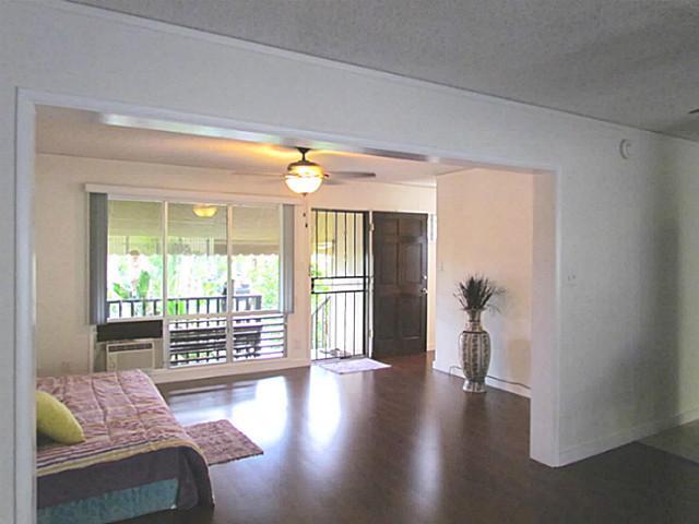 Ridgeway C condo #34, Aiea, Hawaii - photo 1 of 10