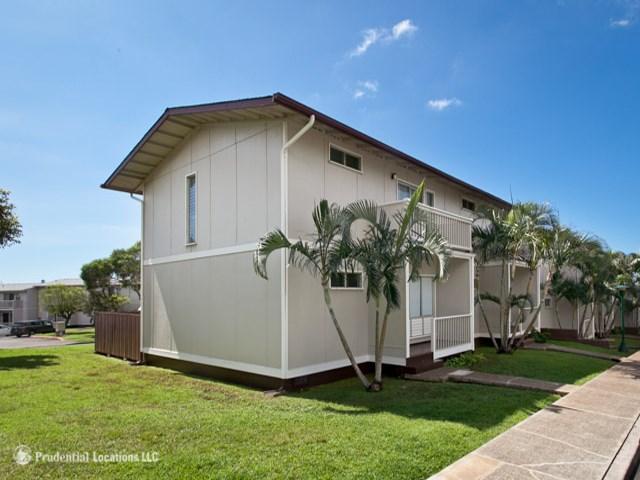 Ridgeway D condo #74, Aiea, Hawaii - photo 1 of 11