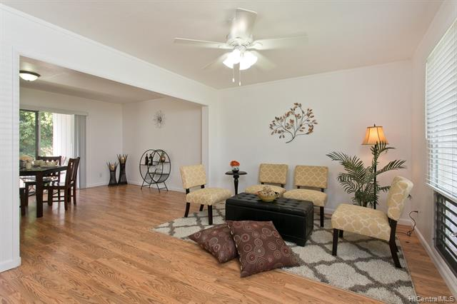 Ridgeway B1 condo #E, Aiea, Hawaii - photo 1 of 18