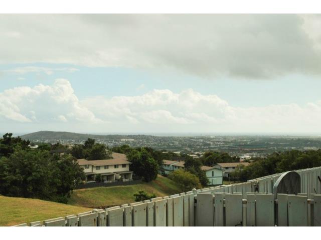 Ridgeway B1 condo #A, Aiea, Hawaii - photo 1 of 10