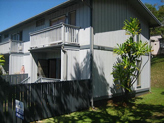 Ridgeway B2 condo #147, Aiea, Hawaii - photo 1 of 9