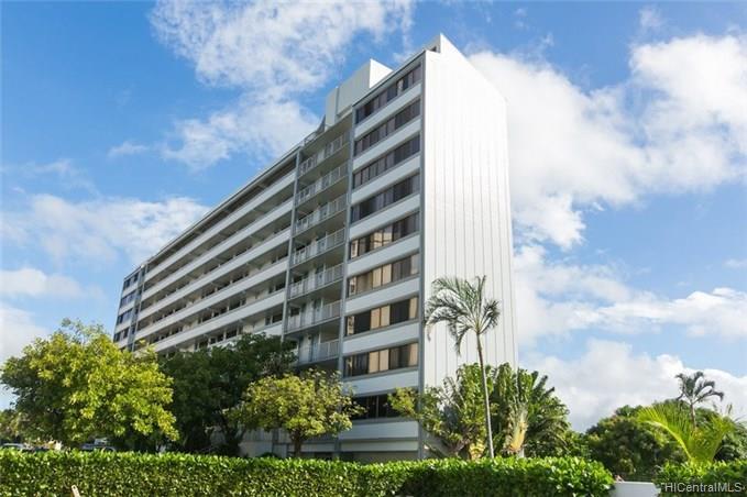 Centre Court condo #, Aiea, Hawaii - photo 1 of 15