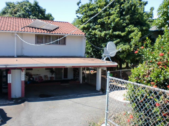 99-038 Laulima St Aiea Area, Aiea home - photo 1 of 7