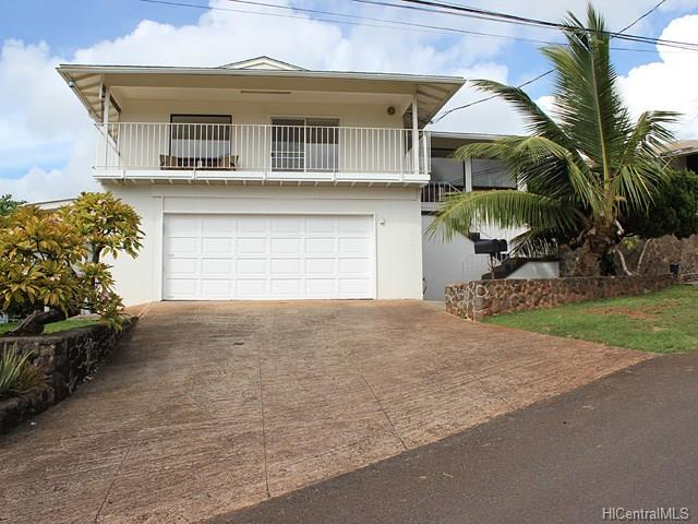 99-1030  Puumakani St Halawa, Aiea home - photo 1 of 22