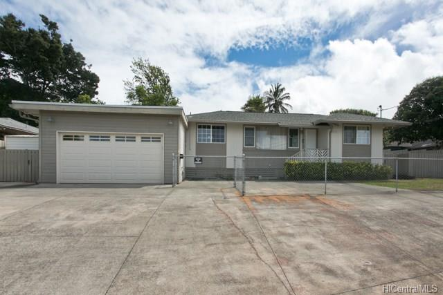 99-118 Napuanani Rd Aiea Heights, Aiea home - photo 1 of 10