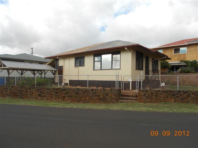 99302 Pilikoa St Aiea Heights, Aiea home - photo 1 of 7