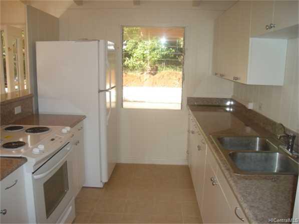 99466  Ulune St Halawa, PearlCity home - photo 3 of 10
