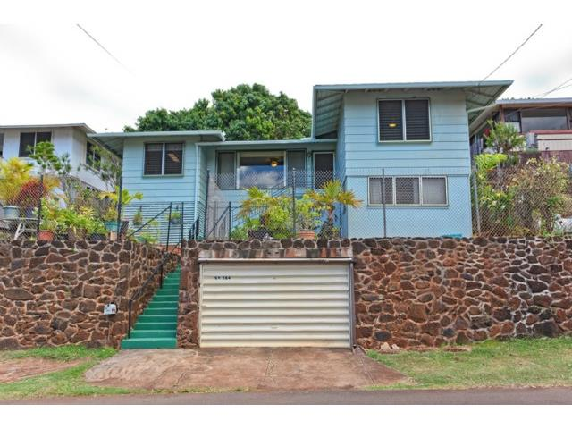 99-584 Kaulainahee Pl Aiea Heights, Aiea home - photo 1 of 13