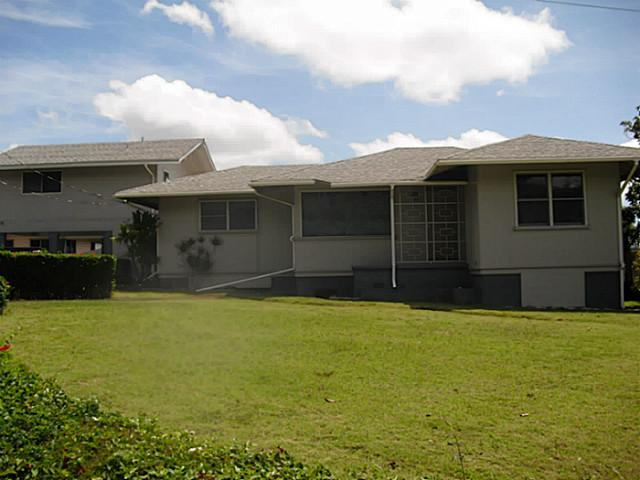 99-605 Halawa Dr Halawa, Aiea home - photo 1 of 20