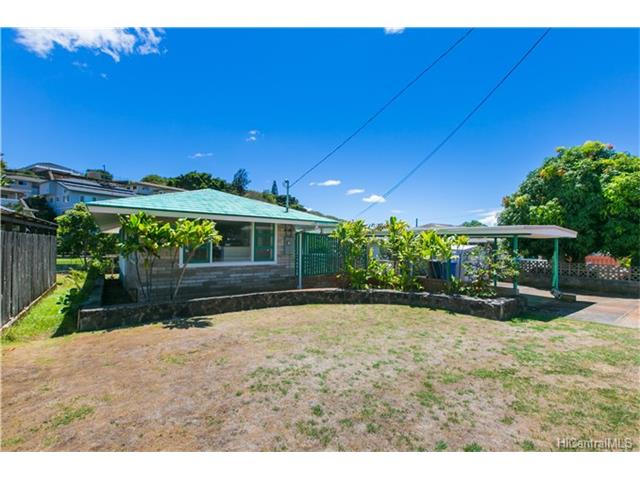 99-687 Kaulainahee Pl Aiea Heights, Aiea home - photo 1 of 25