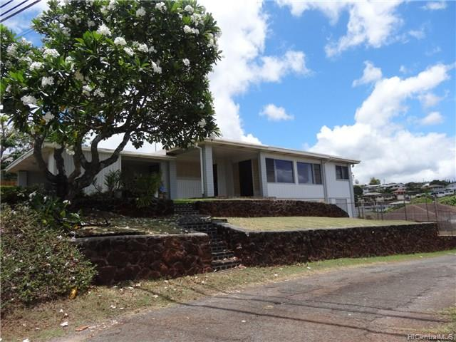 99-829 Halawa Heights Rd Halawa, Aiea home - photo 1 of 23