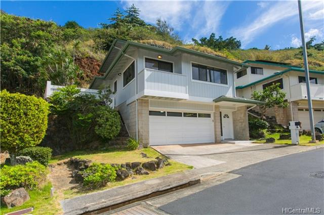 99-834 Holoai St Aiea Heights, Aiea home - photo 1 of 14