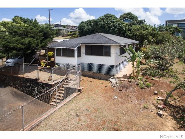 99-965 Aiea Heights Dr Aiea Heights, Aiea home - photo 1 of 16