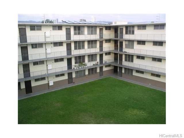 Pearl Manor Apts condo #, Aiea, Hawaii - photo 1 of 5