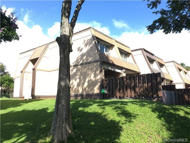 Ridgeway C condo #, Aiea, Hawaii - photo 1 of 17