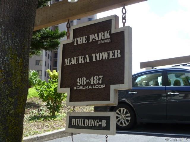 Park at Pearlridge condo #, Aiea, Hawaii - photo 1 of 13