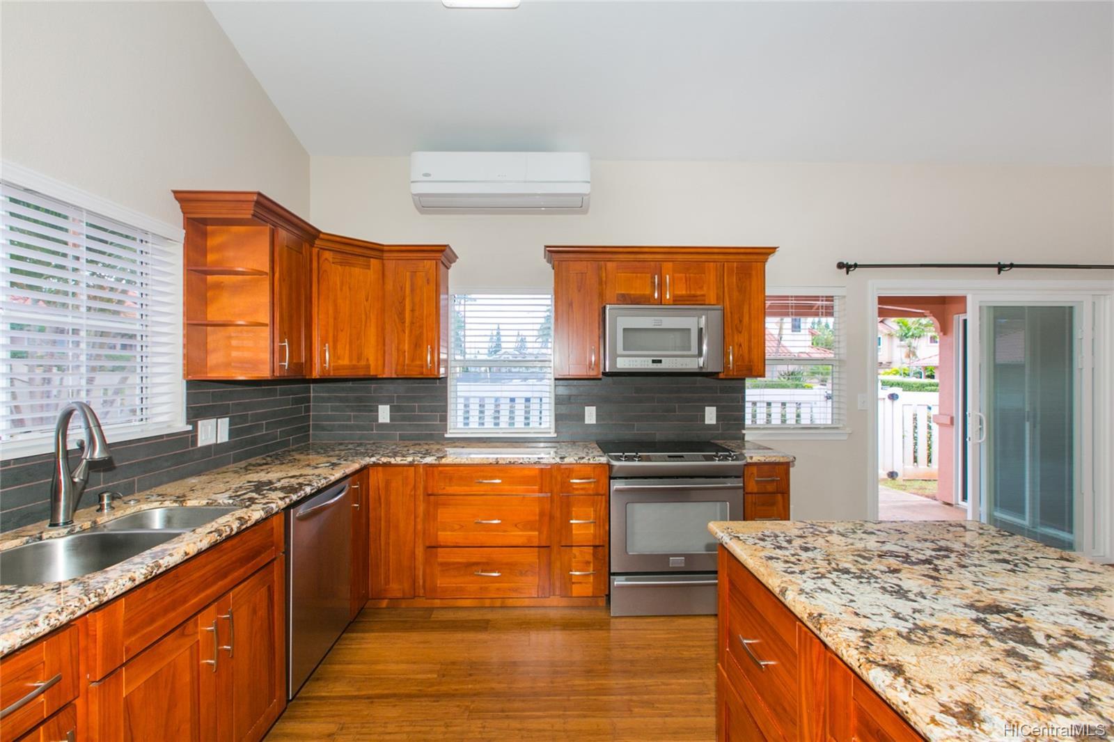 202023896 Waikele, Waipahu ,Hi 96797, - rental