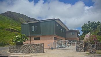 1001  Maunanani Street Kamehame Ridge,  home - photo 1 of 16