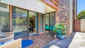 Poinciana Manor condo # 243, Kailua, Hawaii - photo 1 of 25