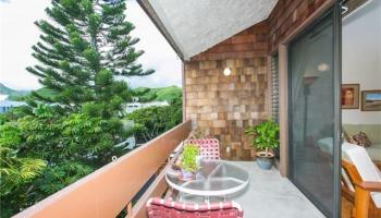 Poinciana Manor condo # 453, Kailua, Hawaii - photo 1 of 25