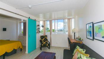 University Villa condo # 604, Honolulu, Hawaii - photo 4 of 19