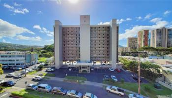 University Towers condo # 603, Honolulu, Hawaii - photo 4 of 25