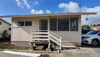 735 Kamehameha Hwy Pearl City - Multi-family - photo 1 of 6