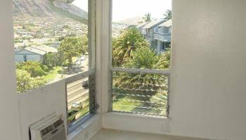Mariners Village 3 condo # D, Honolulu, Hawaii - photo 5 of 13