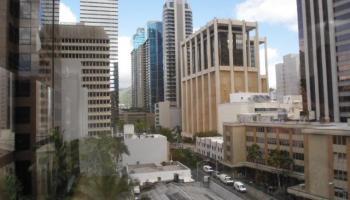 Executive Centre condo # 812, Honolulu, Hawaii - photo 5 of 9