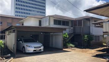 1122  Alohi Way Kakaako, Honolulu home - photo 2 of 2