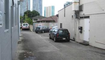 1145 S King St Kakaako  - photo 2 of 5