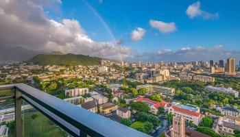 Capitol Place condo # 2807, Honolulu, Hawaii - photo 5 of 25