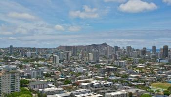 Banyan Tree Plaza condo # 3206, Honolulu, Hawaii - photo 2 of 19