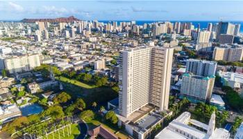 Banyan Tree Plaza condo # 904, Honolulu, Hawaii - photo 1 of 25