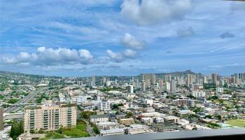 Banyan Tree Plaza condo # 3501, Honolulu, Hawaii - photo 1 of 13