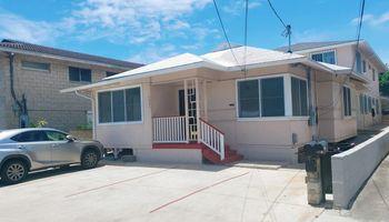 1220 Kaauwai Place Honolulu - Multi-family - photo 1 of 22