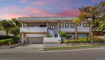 1224  Laukahi Street Waialae Iki, Diamond Head home - photo 2 of 25