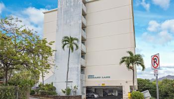condo # A, Honolulu, Hawaii - photo 1 of 7