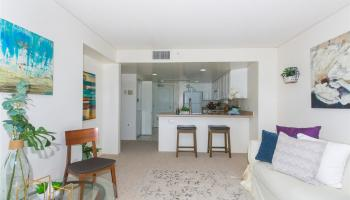 One Kalakaua Senior Living condo # 604, Honolulu, Hawaii - photo 4 of 25